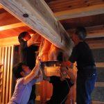 銅フード 木の家